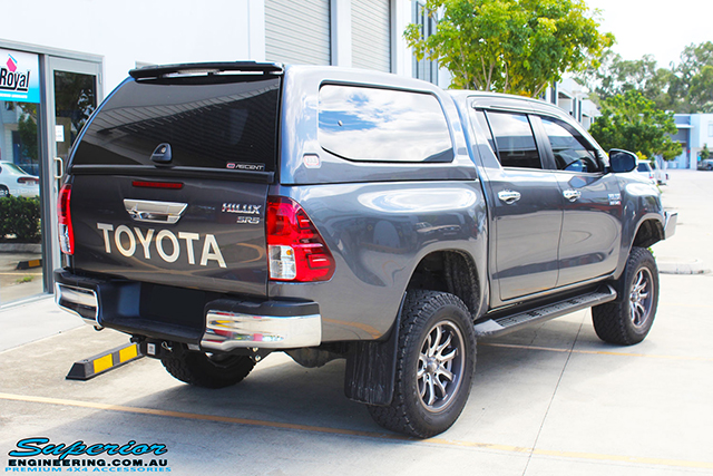 Superior Remote Reservoir 4 Inch Lift Kit Toyota Hilux 2015 on